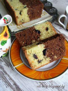 Къкрещо гърненце: Двуцветен кейк със сушени сини сливи и мюсли с мед и орехи