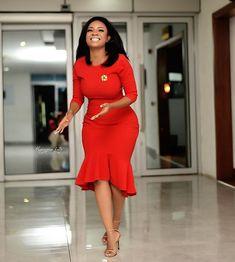 36 Stylish Corporate Dresses with Serwaa Amihere – corporate style Office Wear Dresses, Stylish Dresses, Elegant Dresses, Pretty Dresses, Sexy Dresses, Casual Dresses, Dresses For Work, Summer Dresses, Formal Dresses