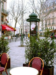 place Saint-André-des-Arts - Paris