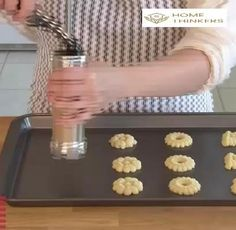 Date Cookies, Cocoa Cookies, Yummy Cookies, Holiday Cookies, Shortbread Cookies, How To Make Cookies, Making Cookies, Sandwiches, Dacquoise