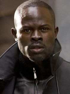 Djimon Hounsou - so handsome. Black Is Beautiful, Gorgeous Men, Beautiful People, Dead Gorgeous, Scarlett Johansson, Djimon Hounsou, Black Actors, African American Men, American Actors