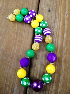 Hey, I found this really awesome Etsy listing at https://www.etsy.com/listing/174971884/mardi-gras-inspired-chunky-bead-necklace
