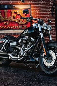 ♂ Motorcycle 2012 Harley-Davidson FXDF Dyna Fat Bob