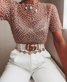 Incredibile New Casual Outfits and Street Style Fashion Ideas Of Trend Clothes Annalouisati. Incredibile Super New Casual Outfit. Classy Dress, Classy Outfits, Stylish Outfits, Mode Outfits, Fashion Outfits, Fashion Ideas, Fashion Clothes, Modest Fashion, Gucci Outfits