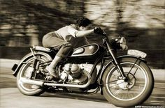 "Marianne Weber, a Journalist from Belgium, tested the R68 for the French magazine ""MOTORCYCLE"" (issue 81/August 18, 1952) and achieved a top speed of more than 160 km/h and gave the proof that the R68 was a real 100-mph racing-bike. This photo was made by ""R.G. Everts"" in April 1952. Marianne Weber later achieved 162.895 km/h (101.24 mph) in 1954"