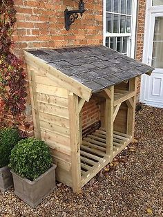 Log Store - Heavy Duty Bespoke Timber Log Store - Free Delivery and Assembly