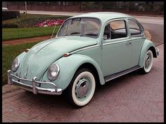 1966 Volkswagen Beetle, just because it's awesome. #volkswagenvintagecars #classicvolkswagenbeetle