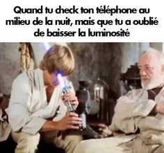 A New Hope: Luke Skywalker and Obi Wan Kenobi on Tatooine at Ben's after he gives Luke Skywalker his father's old lightsaber Star Wars Meme, Film Star Wars, Star Trek, Funny Star Wars, Luke Skywalker, Obi Wan, Le Retour Du Jedi, Alec Guinness, Humor Grafico