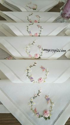 Handkerchief Embroidery, Hand Embroidery Flowers, Cute Embroidery, Hand Embroidery Stitches, Embroidery Patterns, Sewing Hacks, Sewing Tutorials, Doll Face, Needle And Thread