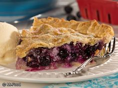 Deep Dish Blueberry Pie | mrfood.com