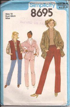 1970's Sewing Pattern  Simplicity 8695 Shawl by jennylouvintage