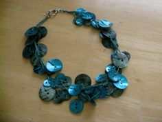 button necklace!