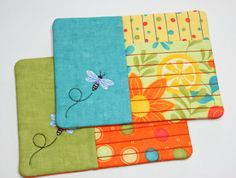 Mug rug with embroidered dragonfly and straight line quilting, available in four color settings from the same Moda Fresh Squeezed and Dots fabric line. Keep your table or workspace protected.    Size mug rug 5 x 6 1/2 inch ( 12 x 17 centimeter)    Price is for a set of two mug rugs.    Rug made of Moda Fresh Squeezed and Dots fabric and Hobbs batting in between.    Machine washable at low temperature, lay flat to dry, iron if necessary on medium temperature.    Pattern by FiveStarFonts.c...