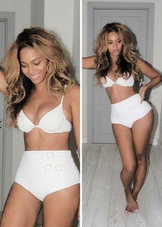 Beyonce - No heels - no spanx - A real women... or #Goddess!