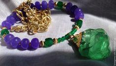 Купить Ожерелье с кулоном природного флюорита - ожерелье, ручная работа, натуральные камни, нефрит натуральный