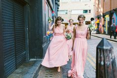 Bridesmaids wear pink wrap dresses | Photography by  http://www.alainm.fr/