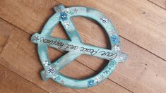 #byjootje #handlettering #madewithlove #steigerhout #wood #signs #peacesign #peace