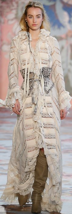 Zimmermann embraces cowgirl couture at New York Fashion Week Fashion 2018, Love Fashion, Runway Fashion, Fashion Show, Autumn Fashion, Womens Fashion, Fashion Design, High Fashion, Fashion Forecasting