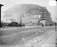 Love the History!!! The Chicago Stadium under construction at 1800W Madison, c. 1929!!!