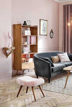 Pink and gold decor for living room inspiration   Maisons du Monde
