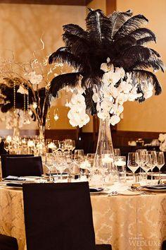 Black ostrich feathers, gold tablecloths, art-deco inspiration, Gatsby glamorous wedding // Funny Wedding Media