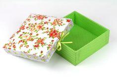 caixa revestida com tecido