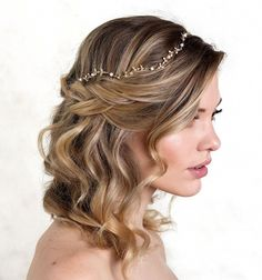 Wedding Hair Accessories Gold bridal headpiece handcrafted with ivory freshwater pearls and gold Box Braids Hairstyles, Hairstyle Ideas, Pretty Hairstyles, Bridal Hairstyle, Hair Ideas, Party Hairstyle, Teenage Hairstyles, Simple Hairstyles, Hairstyles 2018