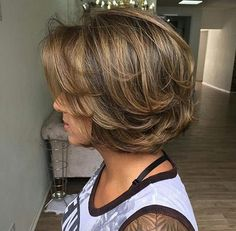 Jaw-length choppy bob by Jefferson Bolina