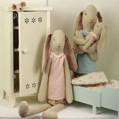 Maileg Mini, Medium & Maxi Girl Bunnies - Scandi chic - Lottie Mutton :: Interior Design :: Gifts & Accessories Online Shop