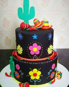 Fiesta Temática Mexicana Mexican Fiesta Cake, Mexican Party, Mexican Cakes, Mexican Birthday Parties, 60th Birthday Party, Fiesta Theme Party, Party Themes, Party Ideas, Quinceanera Cakes