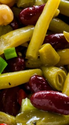 Sweet and Tangy Four Bean Salad - Spicy Southern Kitchen Bean Salad Recipes, Vegetable Recipes, Bean Salads, Four Bean Salad, Quinoa Salat, Side Dish Recipes, Side Dishes, Main Dishes, Cooking Recipes