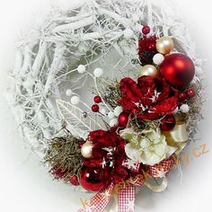 Vánoční věnec - Slavností magnolie - červený Christmas Wreaths, Holiday Decor, Home Decor, Decoration Home, Room Decor, Home Interior Design, Home Decoration, Interior Design