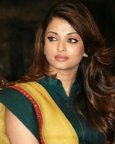 Aishwarya Rai is a talented artist and very popular among fans. Aishwarya Rai photo gallery with amazing pictures and wallpapers collection. Aishwarya Rai Pictures, Aishwarya Rai Photo, Bollywood Pictures, Aishwarya Rai Bachchan, Bollywood Celebrities, Bollywood Fashion, Bollywood Actress, Bollywood Heroine, Bollywood Saree