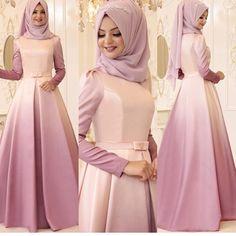 Model with a long summer coat - Muslim Fashion Hijab Prom Dress, Muslimah Wedding Dress, Hijab Evening Dress, Hijab Style Dress, Muslim Dress, Abaya Fashion, Muslim Fashion, Fashion Dresses, Modest Dresses