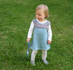 Free Knit Pattern - toddler dress  http://www.pickles.no/impress-dress/