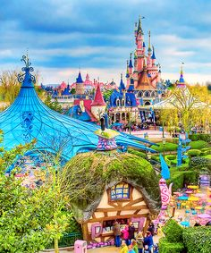 Fantasyland @ Disneyland Paris