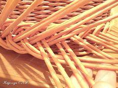Неоднократно меня спрашивали, как я плету подносы... Выпал случай сфотографировать процесс... фото 15