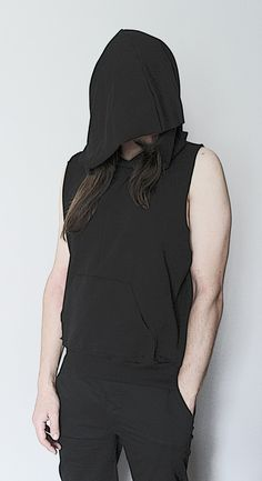 Ripped vest made of warm ORGANIC cotton.Huuuge hood.--> STRICTLY LIMITED TO A SINGLE PIECE!!! <--Fully handcrafted