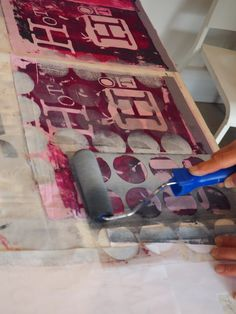 I've spent the weekend with a lovely group working with a variety of methods to get text onto cloth. We screenprinted thickened dye and...