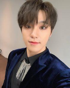 "SEVENTEEN CARAT ➹ ♥︎ ✛ on Instagram: ""Pledis_17 twitter update 💕~ [17's Dino] For Carat 💎💎 . . admin Nf_ #An_Ode #독_Fear #독 #Fear #세븐틴 #SEVENTEEN #CARAT #scoups #jeonghan #jisoo…"" Dino Seventeen, Carat Seventeen, Seventeen The8, Seventeen Debut, Wonwoo, Jeonghan, Seungkwan, Hoshi, Vernon"