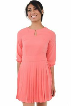 Pink 3/4 Sleeve Crepe Dress #pleats #pleatedskirt #keyhole #chic #ustrendy