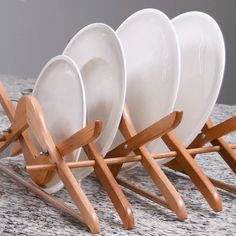 DIY Wooden Dish Rack Check out this new and creative way to do HOME DIY Tips, making your life easie Kitchen Rack, Kitchen Dishes, Diy Kitchen, Modern Plant Stand, Diy Plant Stand, Ideas Para Madera, Kitchen Ideas Videos, Wooden Dish Rack, Ikea Plants