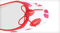 Ballerina Cendrillon Kiss White and Red Cotton by Repetto - Special Edition for Valentine's Day 2016. #Repetto #SaintValentin #stvalentinesday #specialedition #ValentinesDay2016