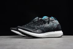Solebox x Packer Shoes x Ultra Boost Mid Core Black Energy Blue CM7882  SIZE AVAILABLE: Women:US5=UK3.5=EUR36 Women:US5.5=UK4=EUR36 2/3 Women:US6=UK4.5=EUR37 1/3 Women:US6.5=UK5=EUR38 Women:US7=UK5.5=EUR38 2/3 Women:US7.5=UK6=EUR39 1/3  Tags: adidas Ultra Boost, Ultra Boost, Custom Ultra Boost Model: ADIDASULTRABOOST-CM7882 5 Units in Stock Manufactured by: ADIDASULTRABOOST New Adidas Ultra Boost, Packers, Core, Sneakers, Tags, Shoes, Black, Style, Tennis
