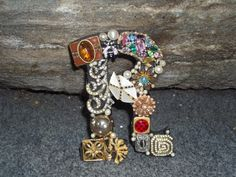 Initial letter R by Ryoan on Etsy, $27.00