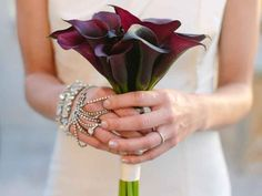 10 Tried-And-True Wedding Flowers (and Why They're Great) | TheKnot.com