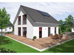 Bodensee 129 - #Einfamilienhaus von Town & Country Haus Lizenzgeber GmbH | HausXXL #Massivhaus #Energiesparhaus #Nullenergiehaus #klassisch #Satteldach