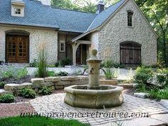 ambiance proven ale dans ce jardin avec cette fontaine en. Black Bedroom Furniture Sets. Home Design Ideas
