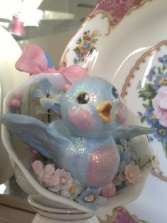 I made this little paper clay bird ( in a tea cup) awhile back but never posted any decent pics. I've made several different things since th. Hoppy Easter, Easter Bunny, Easter Chick, Bluebird Vintage, Here Comes Peter Cottontail, Paper Clay, Paper Mache, Vintage Easter, Pretty Pastel