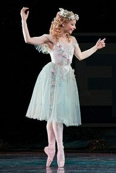 She reminds me of Meg from Phantom of the Opera :)